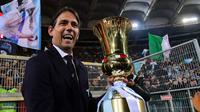 Simone Inzaghi. Hanya 1 musim ditangani Sven Goran Eriksson yaitu pada musim 1999/2000. Total 12 musim bermain untuk Lazio dan sempat 2 musim dipinjamkan ke Sampdoria dan Atalanta. Mulai menjadi manajer saat membesut Lazio pada April 2016 hingga sekarang. (AFP/Vincenzo Pinto)