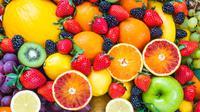 Lima buah ini cocok dikonsumsi para pelaku diet karena ampuh turunkan berat badan. Penasaran? (foto: shutterstock)