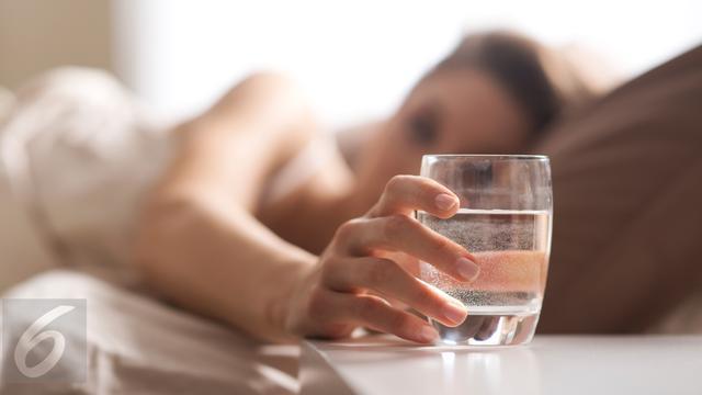 Minum 8 Gelas Sehari Ternyata Hanya Mitos (?)