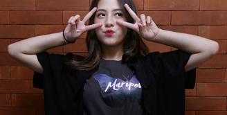 Adhisty Zara saat konferensi pers peluncuran poster dan official trailer film Mariposa di  Jakarta, Senin (10/2/2020). (Adrian Putra/Fimela.com)