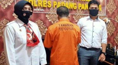Guru penyuka sesama jenis cabuli siswa di Padang Panjang. (Dok Polres Padang Panjang)
