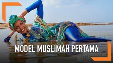 Halima Aden mencetak sejarah karena menjadi model sampul depan majalah baju renang, Sports Ilustrated. Majalah ini diketahui selalu memajang model berbikini dengan berbagai gaya sensual.
