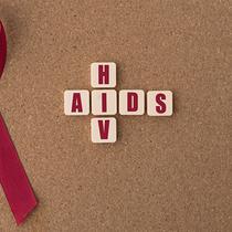 Di Indonesia 3 dari 4 orang yang terinfeksi HIV-AIDS disebabkan karena melakukan hubungan seksual tanpa menggunakan alat pengaman.