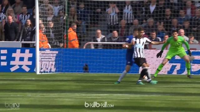 Chelsea menelan kekalahan telak di kandang Newcastle United dalam pertandingan pekan terakhir Liga Inggris, Minggu (13/5). Dwight ...