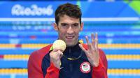 Ekspresi perenang AS, Michael Phelps, seusai memenangi nomor 200 meter gaya ganti perseorangan di Olimpiade Rio 2016, Jumat (12/8/2016) pagi WIB. (EPA/Dean Lewis)