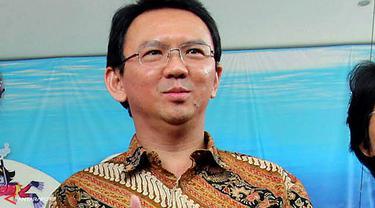 ahok-batik-131002b.jpg