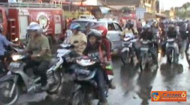 Kemacetan terjadi di lokasi kebakaran