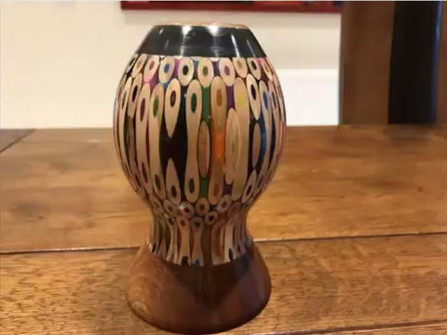 Kreasi Vas Bunga Dari Pensil Warna Yang Bikin Kamu Betah Di Rumah Lifestyle Fimela Com