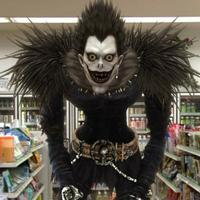 Bocoran Death Note versi Hollywood terungkap, cerita yang lebih kejam dan penuh adegan seks.