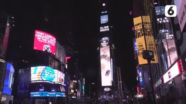 Perayaan tahun baru 2021 di berbagai kota di dunia sangat berbeda dibanding tahun-tahun sebelumnya. Termasuk di kota New York yang memiliki tradisi perayaan tahun baru di Times Square.