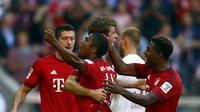 TIPIS - Bayern Munchen menang tipis 2-1 melawan Augsburg. (REUTERS/Michael Dalder)