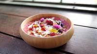 Berry Yogurt Smoothie Bowl ala Chef Odie Djamil. (Dok Greenfields)