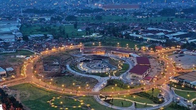 Kiara Artha Park Taman Tengah Kota Terbaru Di Kota Bandung