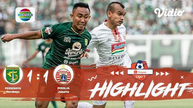 Pertandingan #ShopeeLiga1, antara #PersebayaSurabaya VS #PersijaJakarta yang berlangsung di Stadion Gelora Bung Tomo, Surabaya pad...