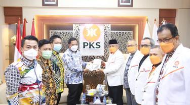 Jajaran Kementerian Dalam Negerimenyambangi kantor DPP Partai Keadilan Sejahtera (PKS), Kamis, 03 Juni 2021.