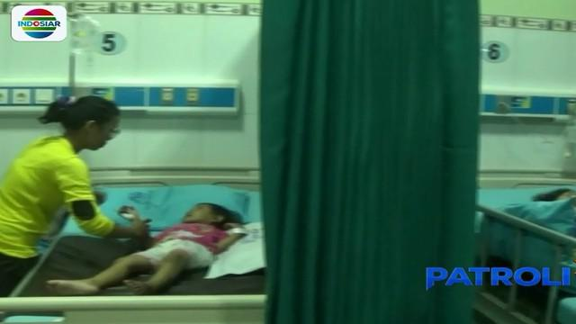 Keempat korban terdiri atas tiga siswa TK dan PAUD (Pendidikan Anak Usia Dini) serta seorang dewasa yang merupakan pengasuh salah satu anak.