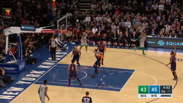 Berita video game recap NBA 2017-2018 antara Boston Celtics melawan New York Knicks dengan skor 121-112.