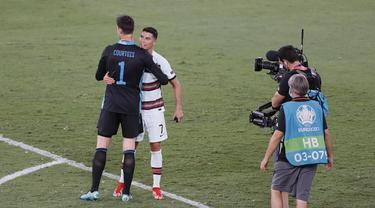 Thibaut Courtois - Cristiano Ronaldo - Euro 2020