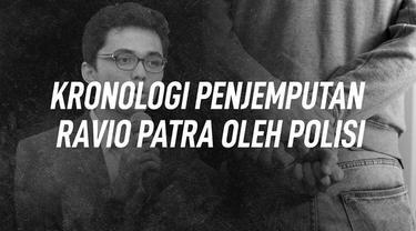 Ravio Patra yang merupakan peneliti kebijakan publik dan pegiat advokasi legislasi dijemput pihak kepolisian.
