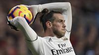 Gareth Bale. Sejatinya adalah milik Real Madrid yang dipinjamkan ke Tottenham Hotspur awal musim ini. Uniknya, Tottenham pula yang menjualnya ke Real Madrid pada awal musim 2013/2014 dengan harga fantastis, 101 juta euro, mengalahkan nilai transfer Cristiano Ronaldo. (AFP/Oscar Del Pozo)