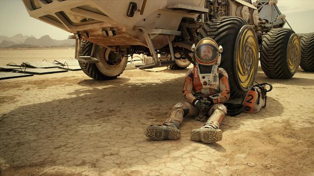 Review The Martian Upaya Menakjubkan Bertahan Hidup Di Mars Showbiz Liputan6 Com