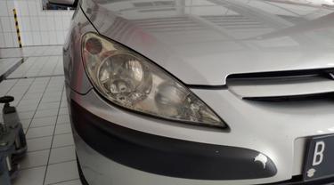 Menjaga Reflektor Lampu Depan Mobil Lawas Tetap Kinclong (Ist)