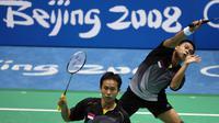 Hendra Setiawan dan Kido Markis, juara ganda putra Olimpiade Beijing 2000. (AFP/Indranil Mukherjee)