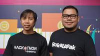 Kiri-kanan: Hasanul Hakim, Mobile Apps Developer Lead Bukalapak dan Ibrahim Arief, VP Engineering Bukalapak saat ditemui di kantor Bukalapak, Kemang, Jakarta Selatan. (Liputan6.com/Agustin Setyo Wardani)