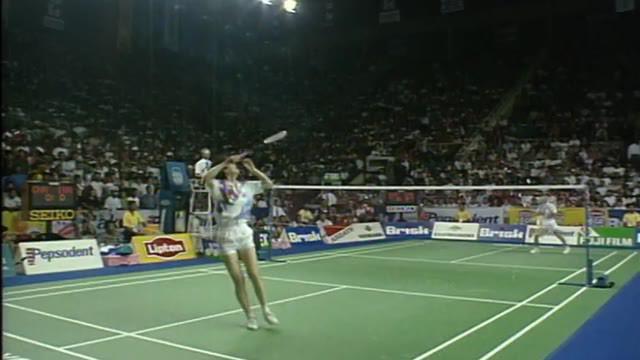 Berita Video Flashback Bulutangkis, Momen Susi Susanti Kalahkan Ye Zhaoying di Final Piala Uber 1994