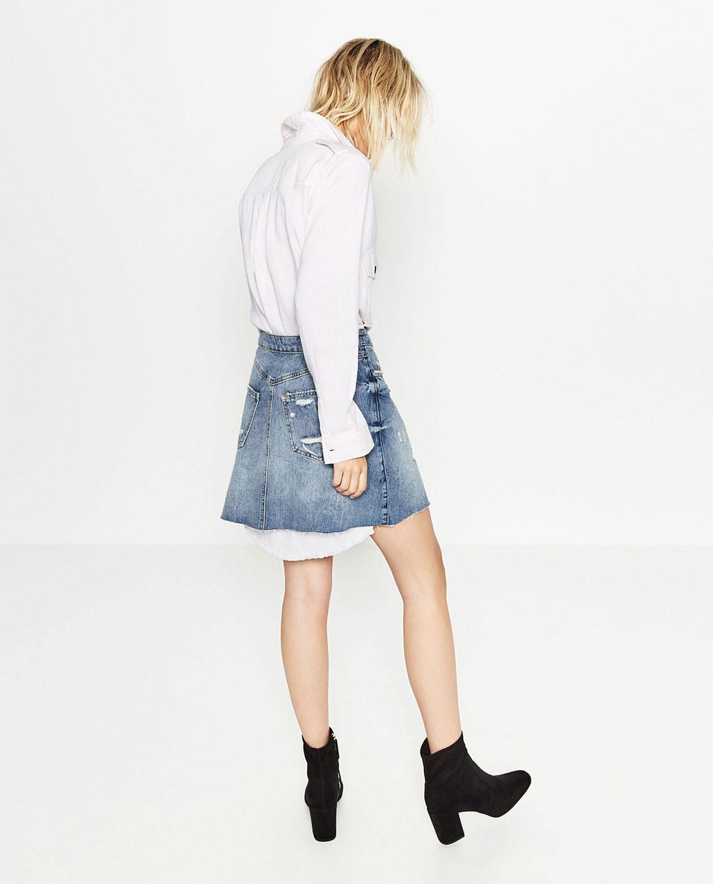 Boots hitam. (Image: zara.com)