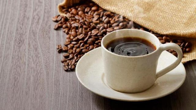 Perbandingan Jumlah Kafein dalam Kopi, Teh, dan Cokelat
