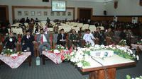 Rapat di ruang sidang paripurna DPRD Banyuwangi