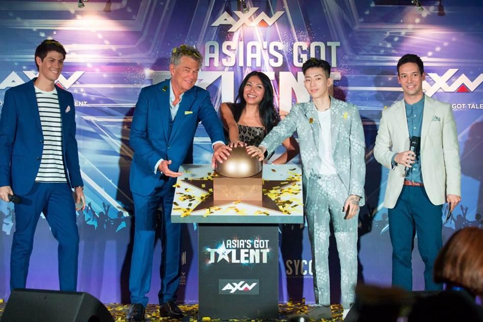 Anggun C Sasmi bersama David Foster dan Jay Park sebagai juri Asia's Got Talent (AXN)