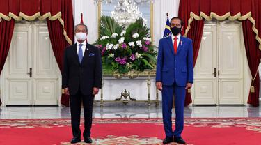 FOTO: Jokowi Terima Kunjungan PM Malaysia di Istana Merdeka