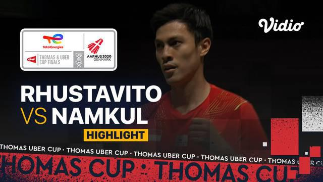 Berita video pertandingan kelima Indonesia vs Thailand di Grup A Piala Thomas 2020, di mana Shesar Hiren Rhustavito menjadi penentu kemenangan Tim Merah Putih, Senin (11/10/2021) malam hari WIB.