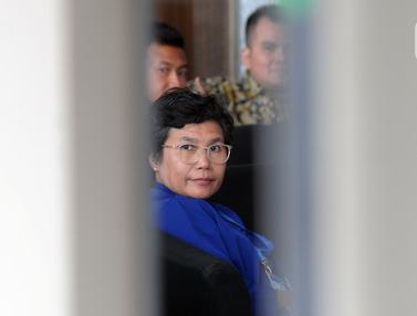 Pimpinan KPK Terpilih Lili Pintauli Siregar Datangi Gedung KPK