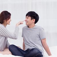 Bedanya cara berkomunikasi pria dan perempuan./Copyright shutterstock.com
