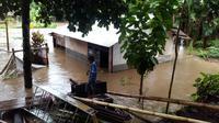 Warga Kota Manado, Kota Bitung dan Gorontalo dihampiri bencana banjir dan longsor. (Liputan6.com/Dinny Mutiah)