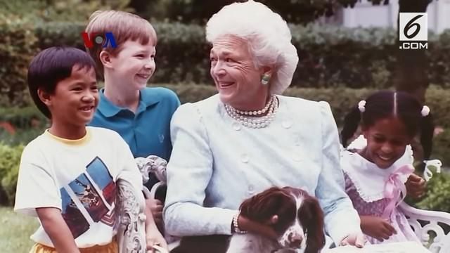 Barbara Bush, istri Presiden ke-41 AS George HW Walker Bush, dan ibunda Presiden ke-43 AS George W Bush wafat pada usia 92 tahun.