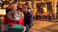 Seperti apa sebenarnya sosok pria yang bisa membuat wanita benar-benar merasa jatuh cinta? Simak di sini. (iStockphoto)