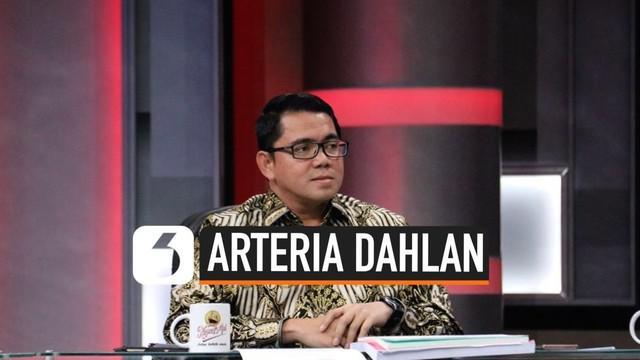 Trending topic media sosial hari ini dipenuhi dengan nama politikus Arteria Dahlan. Arteria dianggap tidak sopan terhadap profesor Emil Salim dengan menyebut Emil sesat.