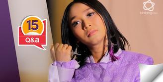 Berkunjung ke kantor bintang.com, Rinni Wulandari ditodong 15 pertanyaan secara cepat dan santai.