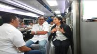 Menteri BUMN Rini Soemarno coba kereta inspeksi milik KAI (Foto: Dok BUMN)