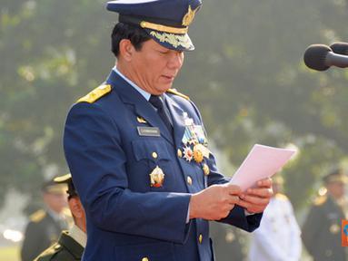Citizen6, Jakarta: Selaku Inspektur Upacara pada Upacara Peringatan HUT Ke-66 Proklamasi Kemerdekaan Republik Indonesia adalah Waaslog Panglima TNI Marsekal Pertama TNI Djeniwarman. (Pengirim: Badarudin Bakri)