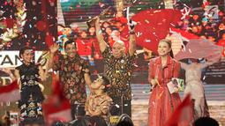 "Penyanyi Rossa tampil dalam ajang Liputan6 Awards 2019 di Jakarta, Sabtu (25/5). Liputan6 Awards 2019 bertajuk ""Untukmu Indonesia tersebut merupakan program bakti kepada Indonesia sebagai bentuk kontribusi untuk bangsa terkait perdamaian. (Liputan6.com/Immanuel Antonius)"