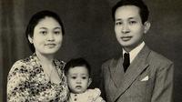 Tutut Soeharto potret bersama kedua orangtuanya, Tien Soeharto dan Soeharto, saat bayi (Dok.Instagram/@tututsoeharto/https://www.instagram.com/p/B9b0uQ2gJIs/Komarudin)