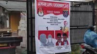 Pada hari terakhir kampanye Pilkada Kota Depok, Bawaslu menemukan alat peraga kampanye paslon yang menggunakan logo Pemerintah Kota Depok dan KPU Kota Depok.