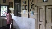 Presiden Indonesia pertama Soekarno di masa penjajahan Belanda pernah menginap di Oma atau rumah perjuangan di lereng gunung Slamet (RadarTegal.com/JawaPos.com)