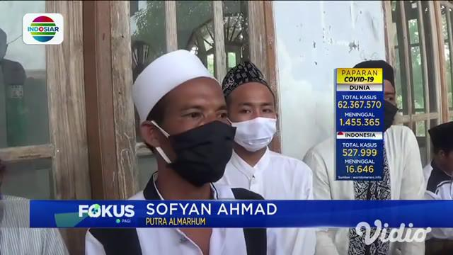 Baru-baru ini warga Dusun Banbalang, Desa Batoporo Barat, Kecamatan Kedungdung, Kabupaten Sampang, Madura, Jawa Timur dibuat geger. Dikarenakan tersiar kabar bahwa jasad KH Ahmad Baidowi yang sudah dimakamkan 3 tahun masih utuh.