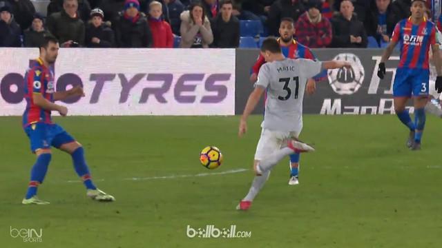 Nemanja Matic jadi penentu kemenangan Manchester United atas Crystal Palace. This video is presented by Ballball.